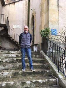 L'entrée de la Chapelle avec Didier